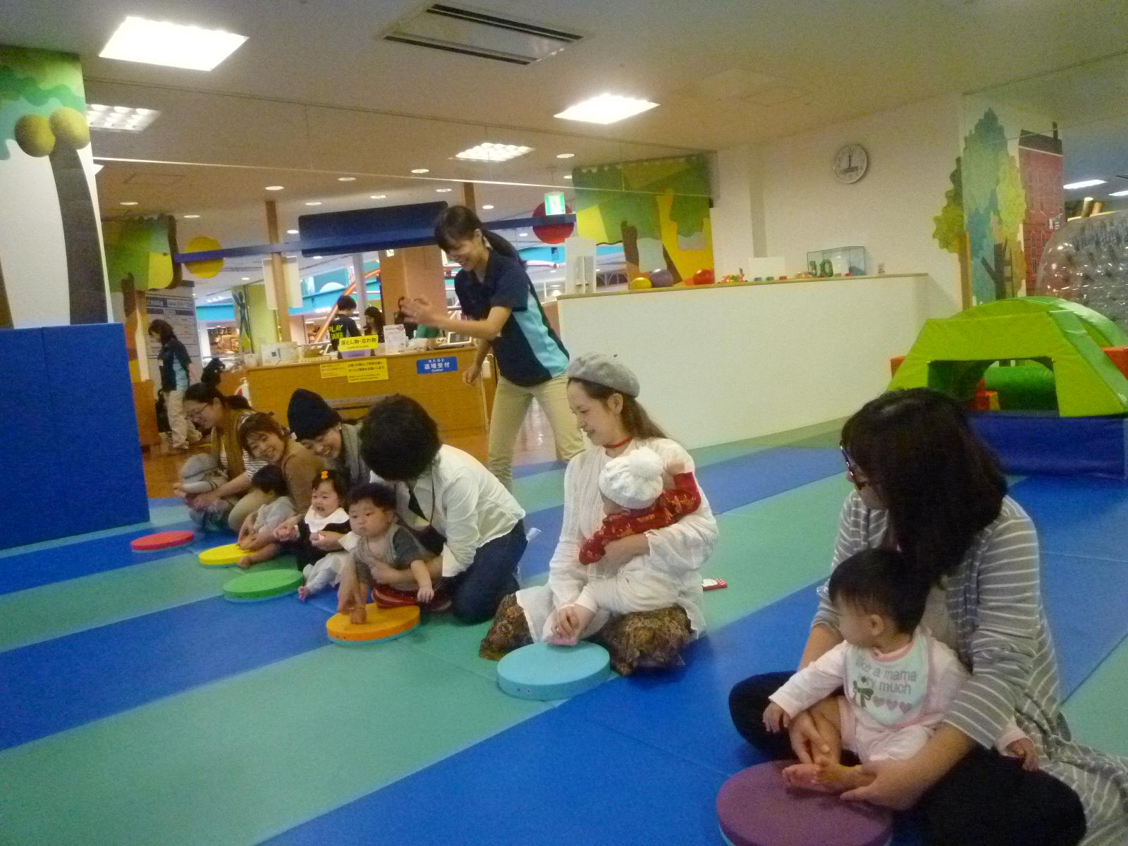 6月1日(木)音あそび(赤ちゃんの日イベント)