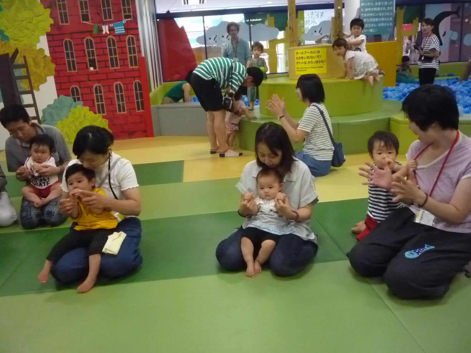 7月19日赤ちゃんの日のご報告(手形)