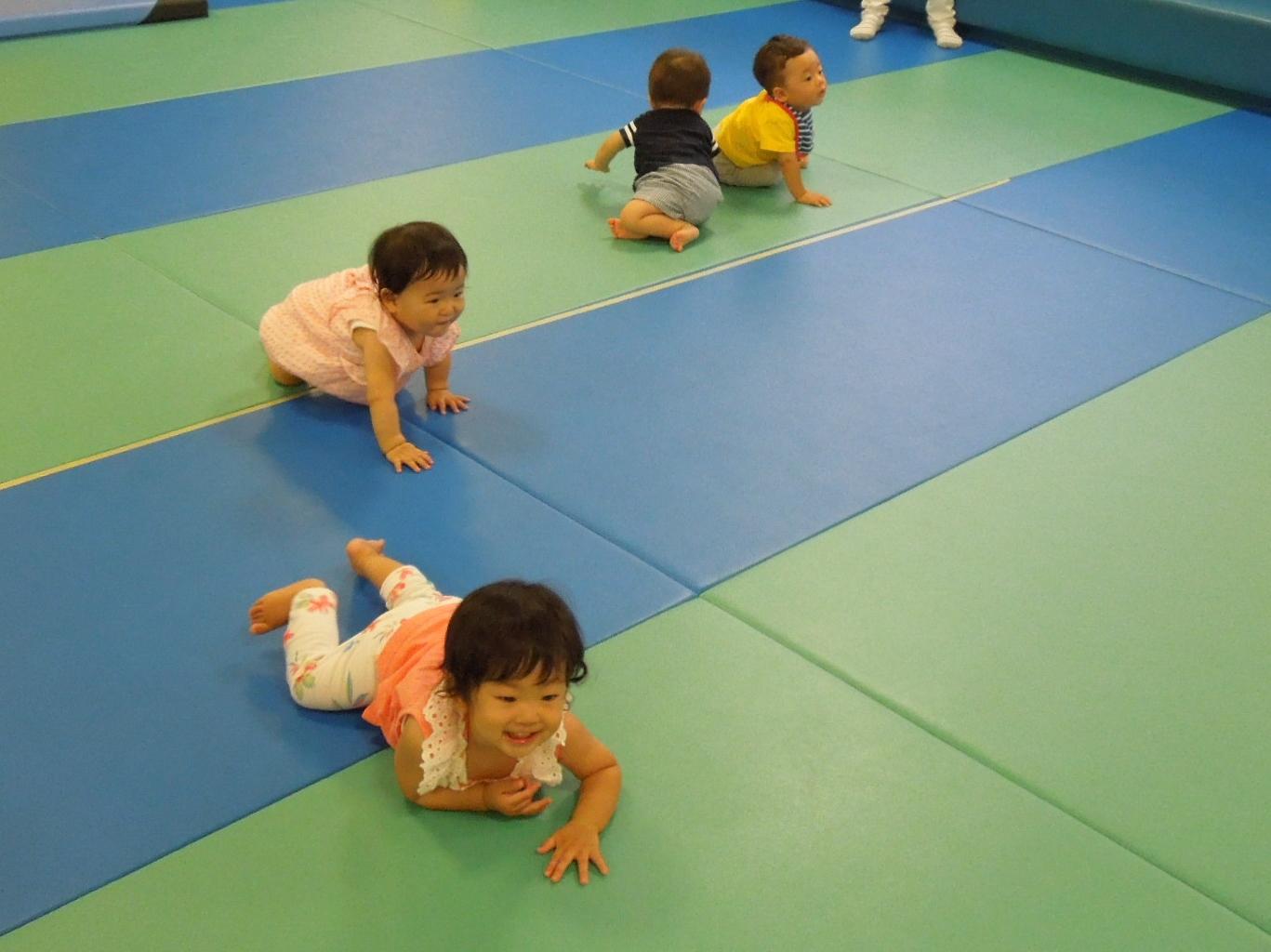 【火・木よう開催!赤ちゃんの日イベント】2/26(火)ハイハイレース