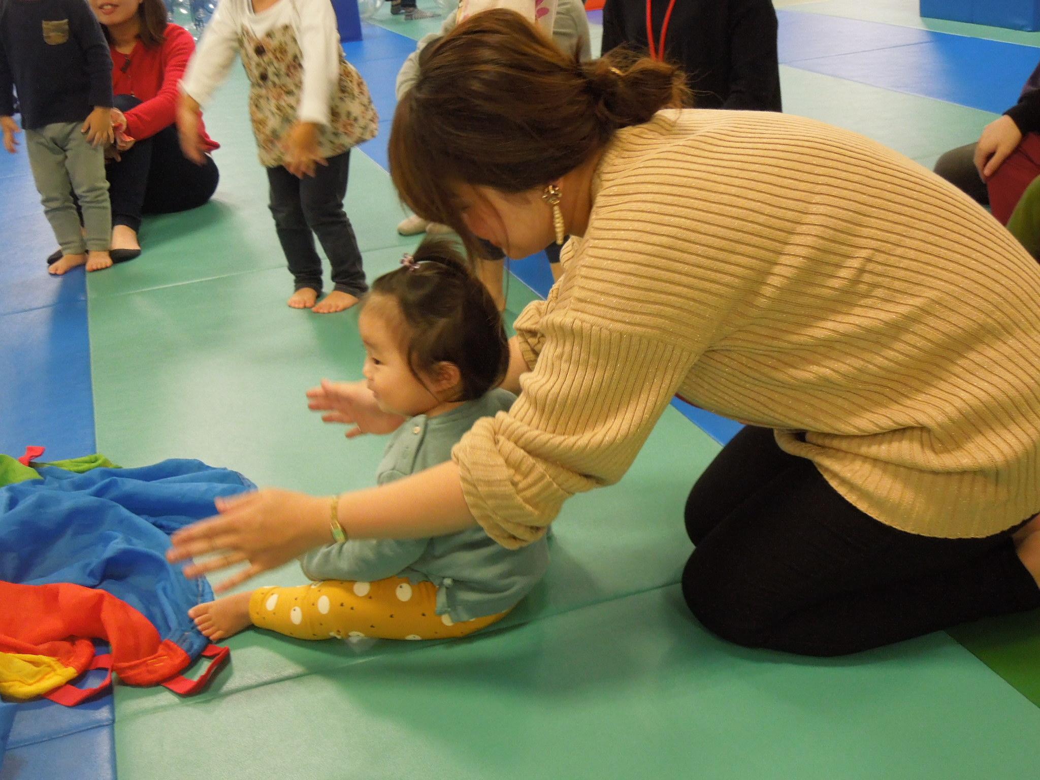 10/29(火) 赤ちゃんの日「布あそび」イベントのご報告