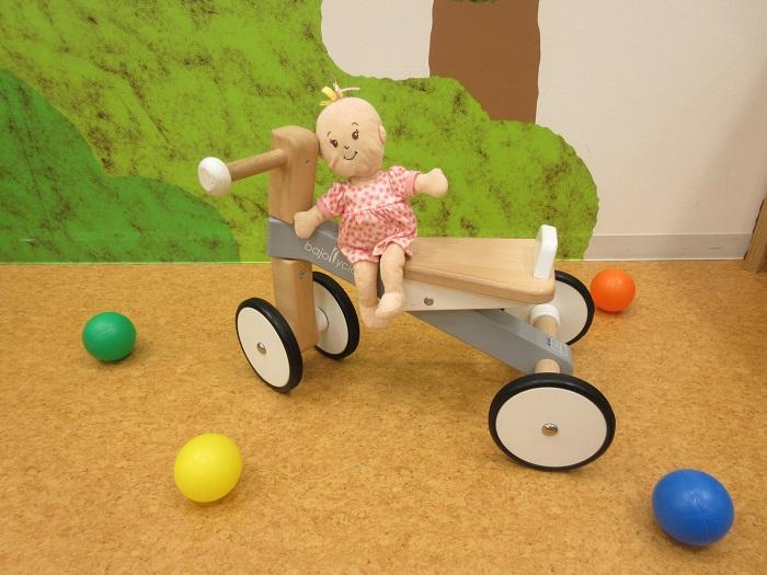 """場内に新しい遊具""""木の四輪バイク""""が登場しました♪"""