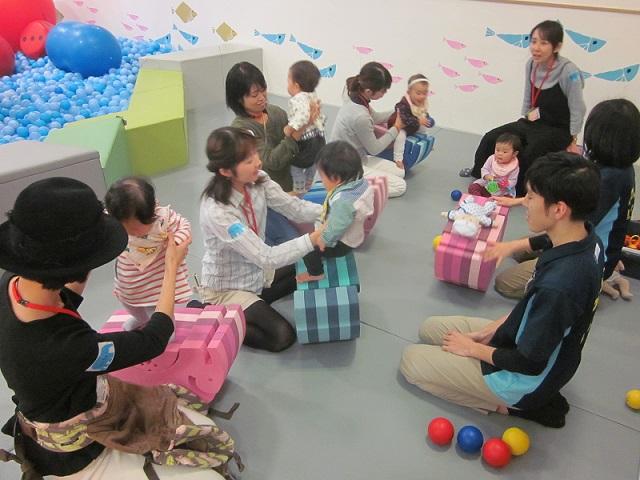 4/27(木)赤ちゃんの日☆「ボブルスでからだあそび体験会」開催します!