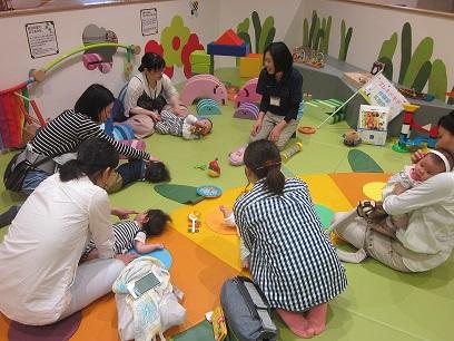 6ヵ月未満の赤ちゃんのための、プレキドキド体験会を行いました