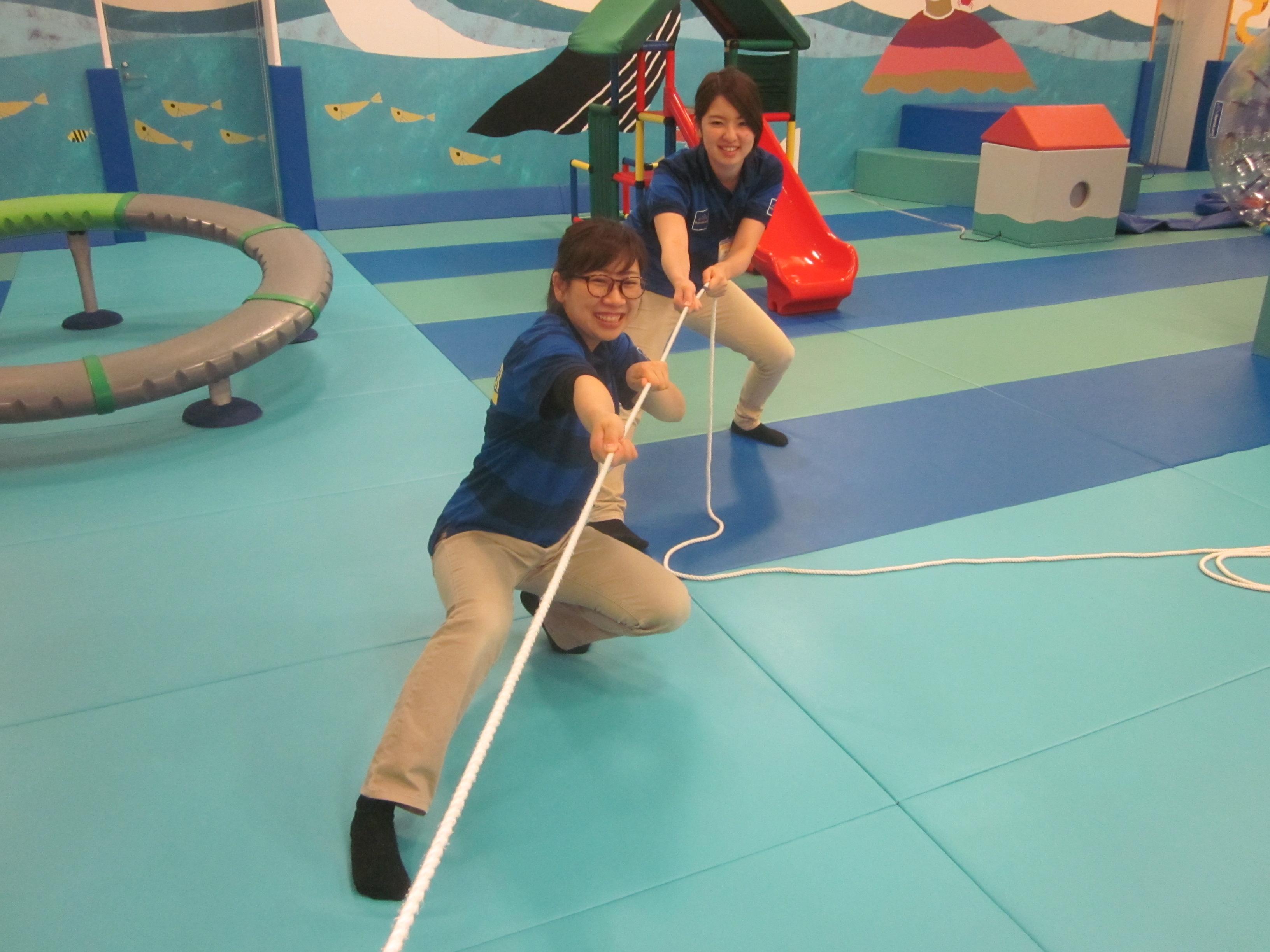 【土曜開催】パパ・プレイリーダーと遊ぼう!「大人に負けるな!綱引き大会」