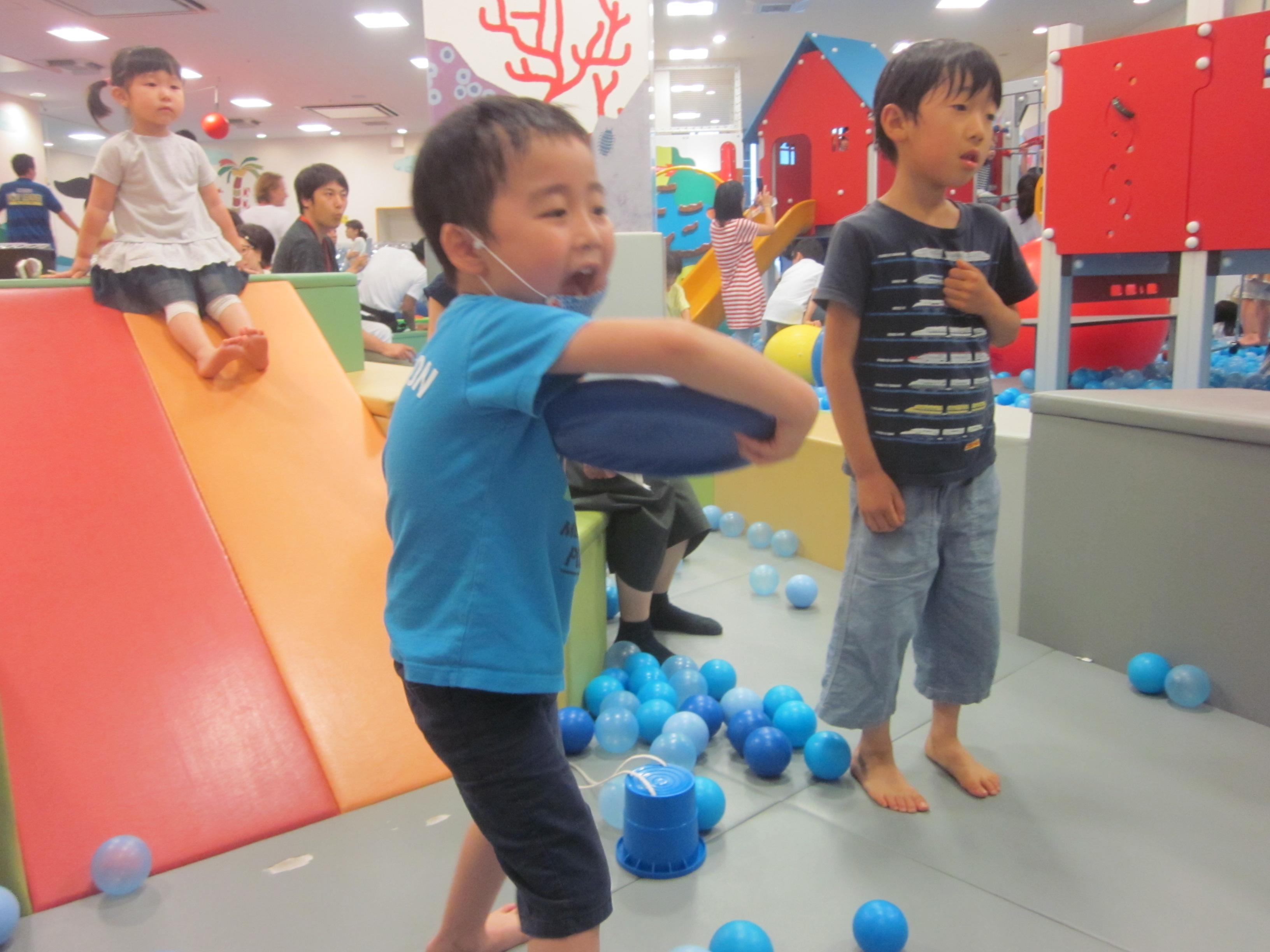 【土曜開催】パパと一緒に遊ぼう!「親子でソーサーゲーム!」