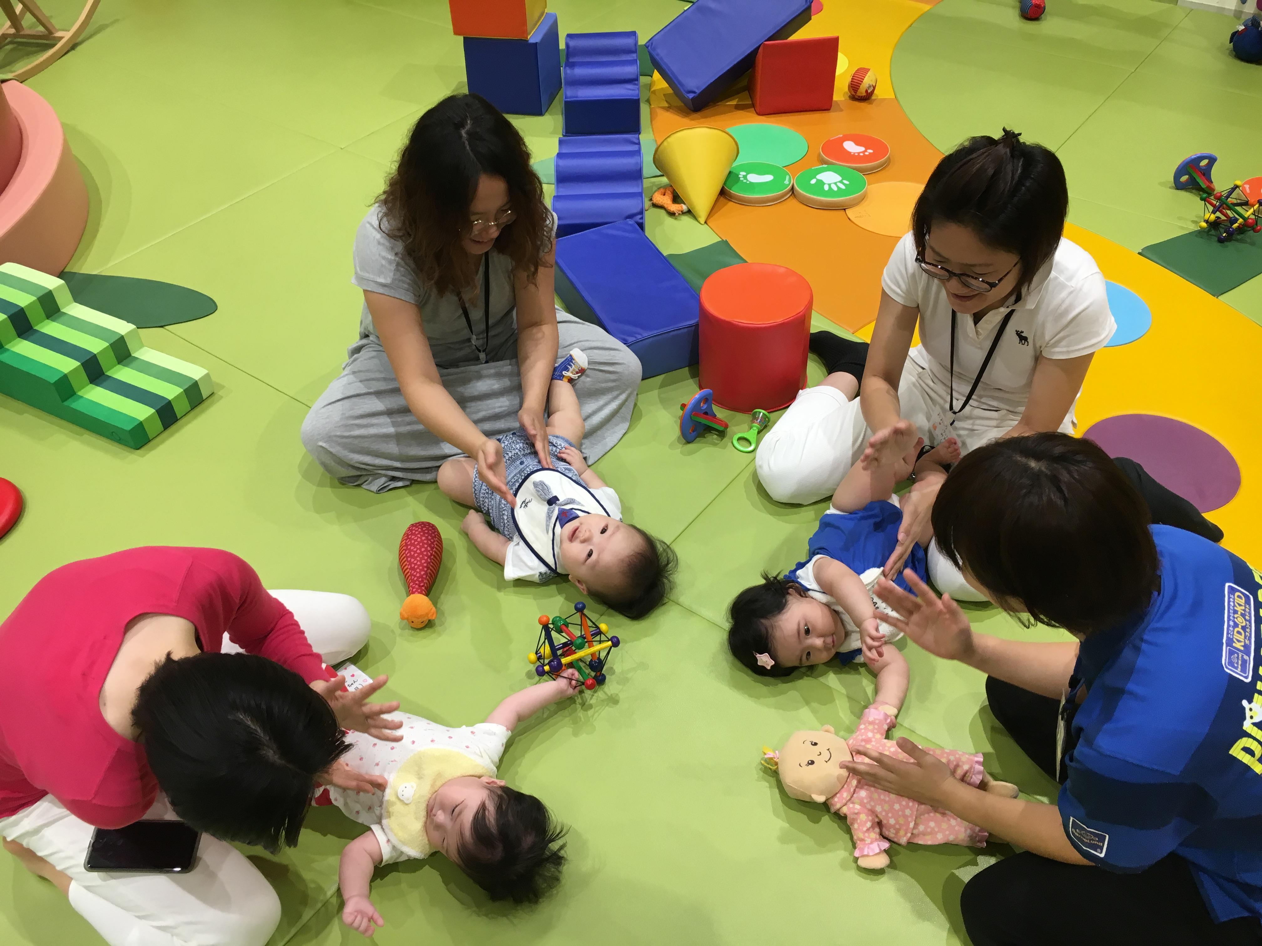 木曜日は、赤ちゃんの日イベント「ベビーガーデンであそびつくそう!」を行います