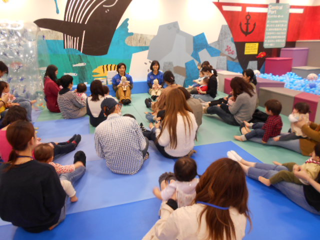赤ちゃんイベント「手形足型成長記録」を開催しました!