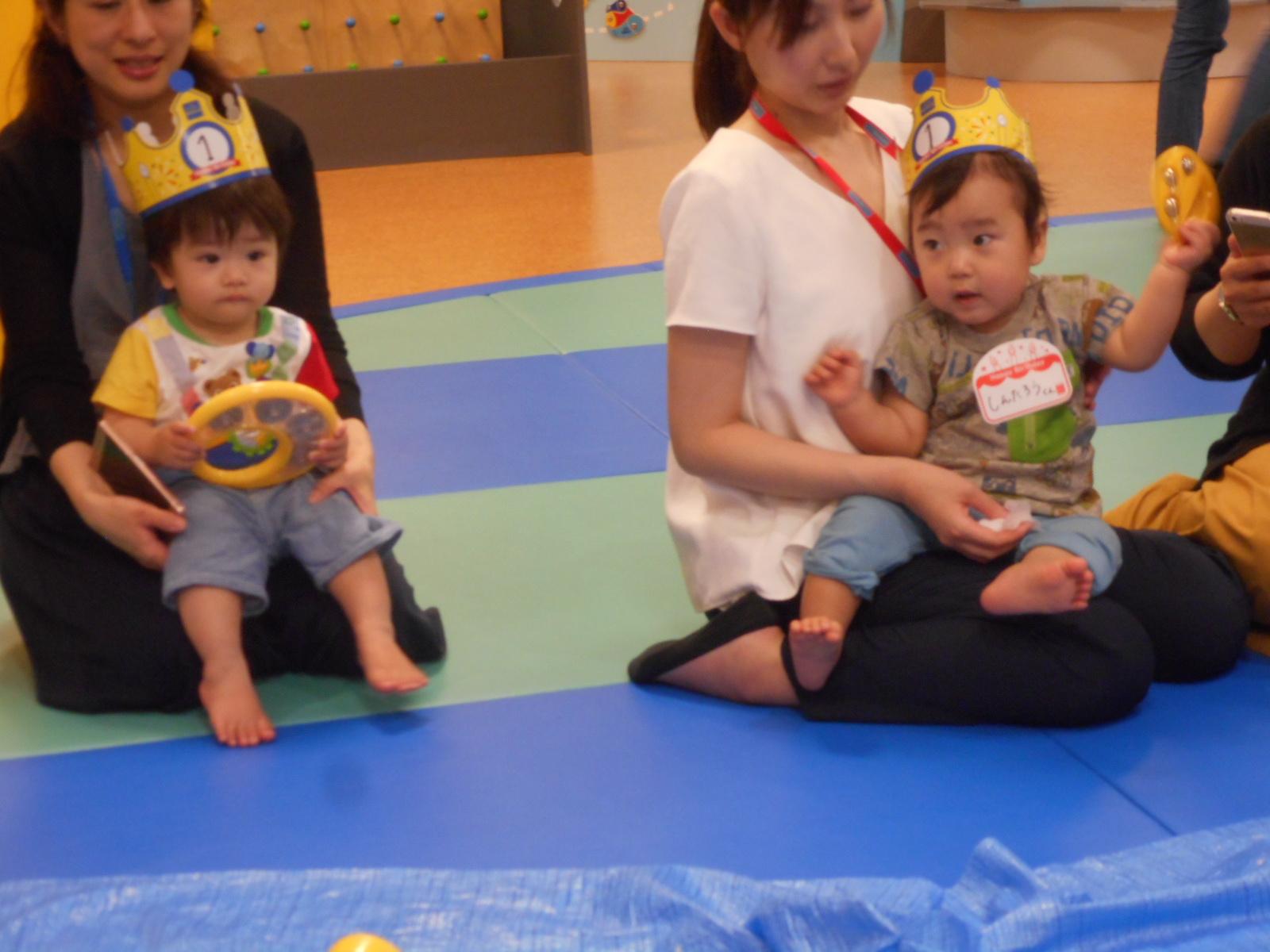 6月生まれのお子様のお誕生日会の様子