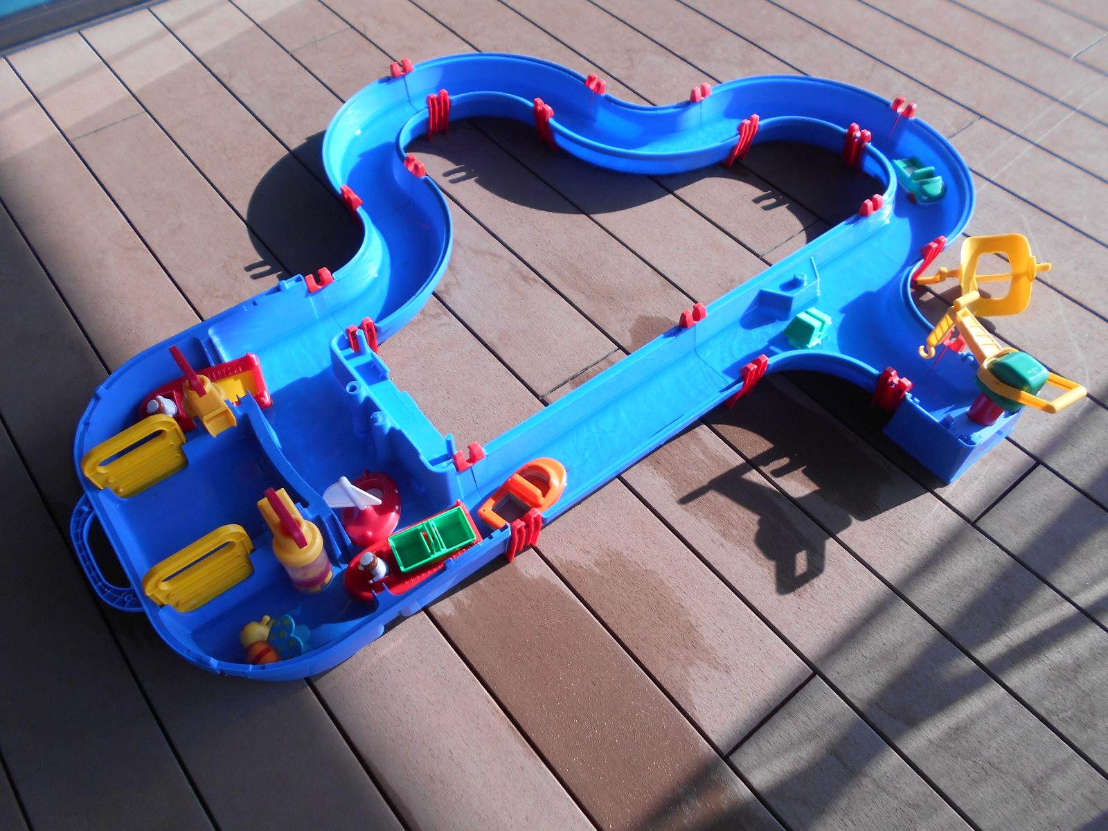 赤ちゃんの日イベント『アクアプレイで水あそび』
