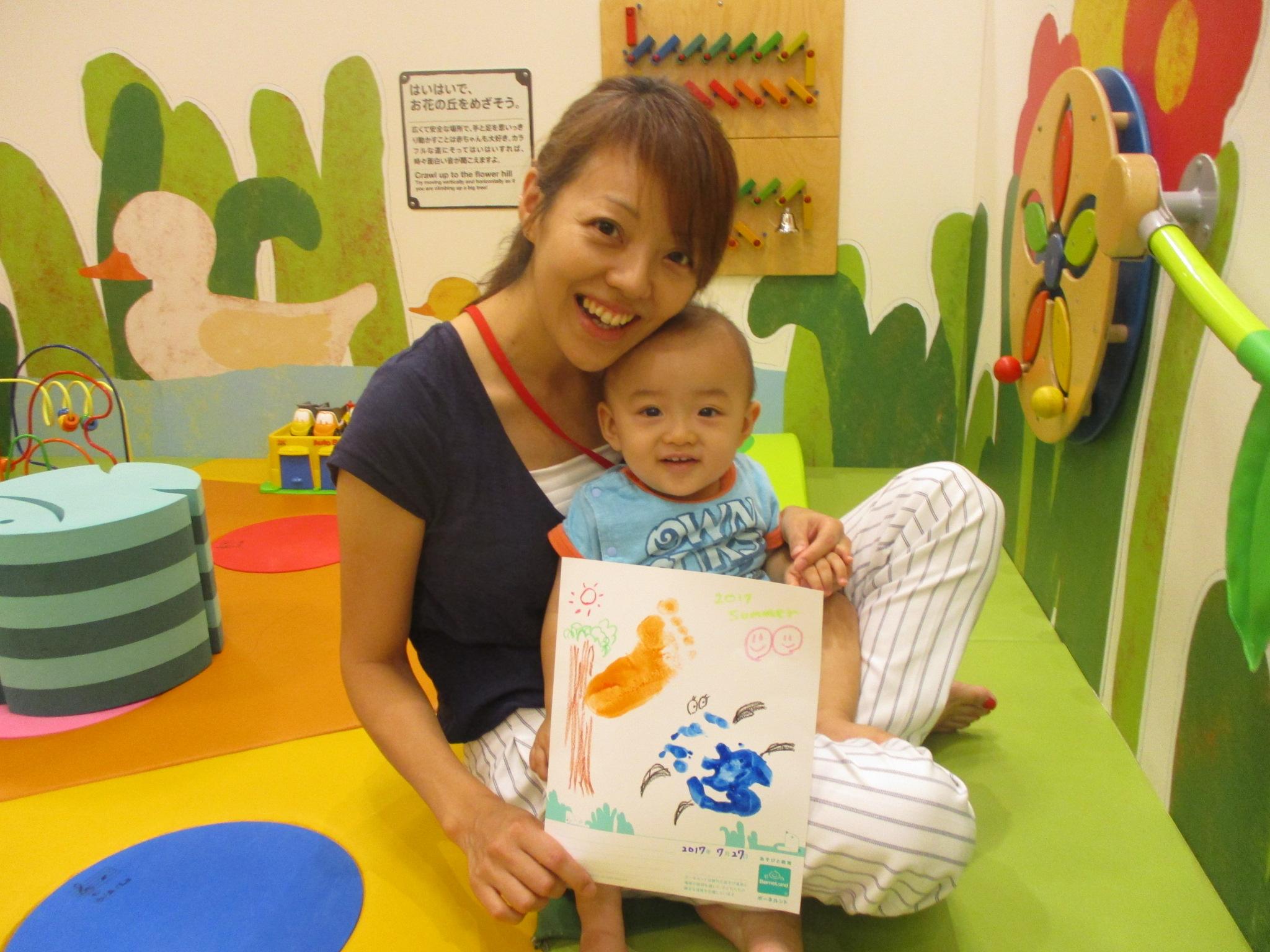 赤ちゃんの日「手形で9月カレンダー作り」