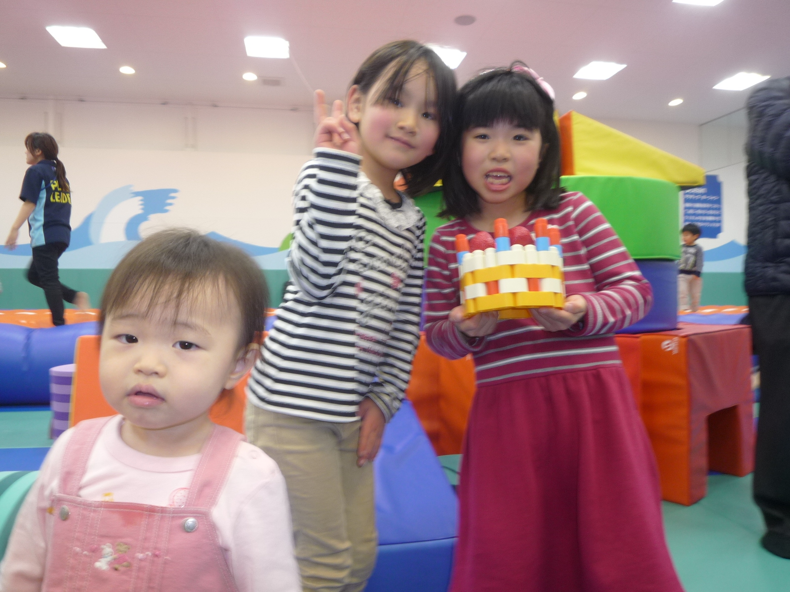 ゆうなちゃん7才お誕生日(ゆりちゃんとお友だちになったよ)