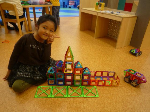 ふくちゃん 6歳 スペシャルマグフォーマー城
