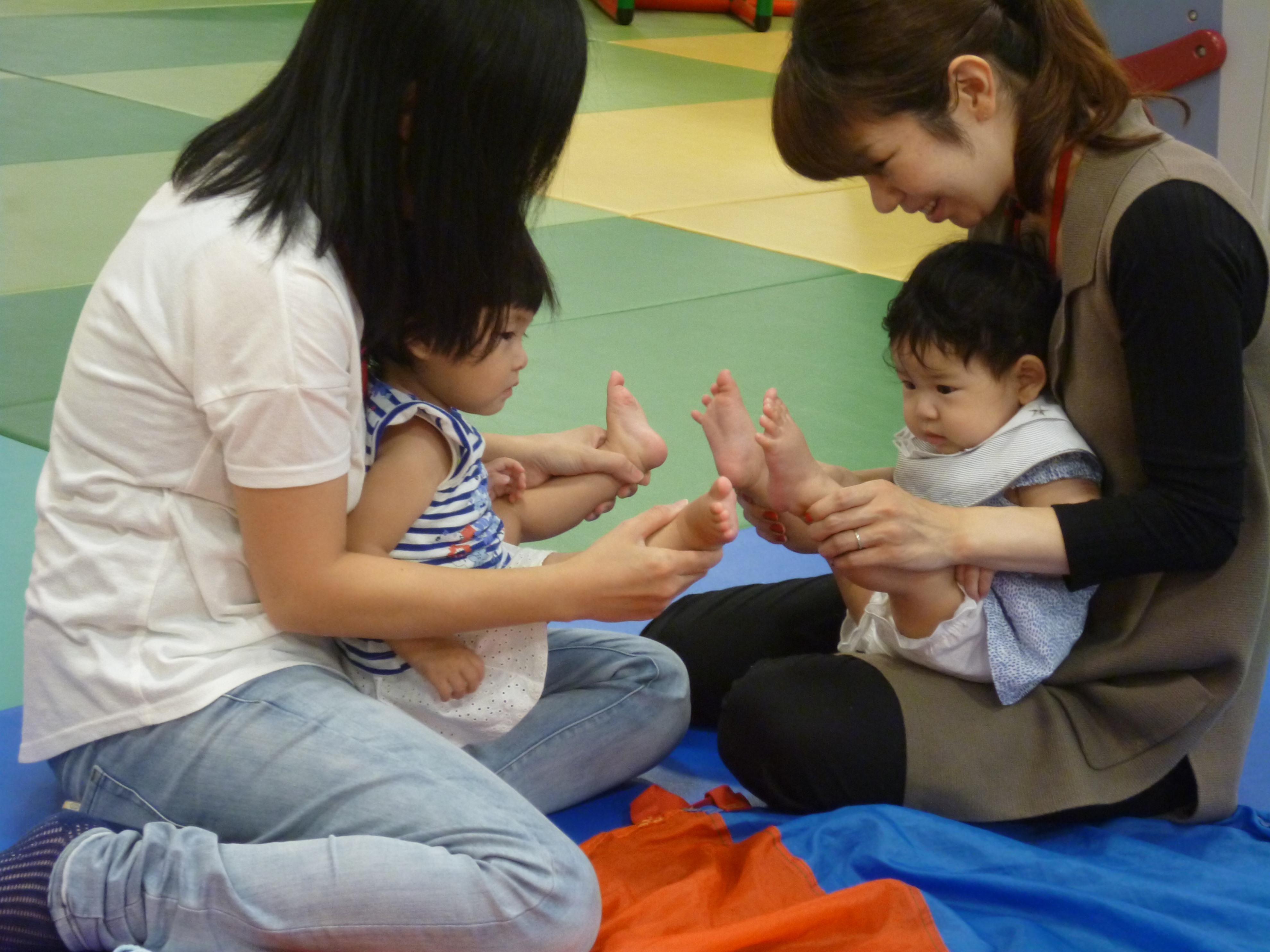 【毎週木曜日は赤ちゃんの日】笑い相撲☆