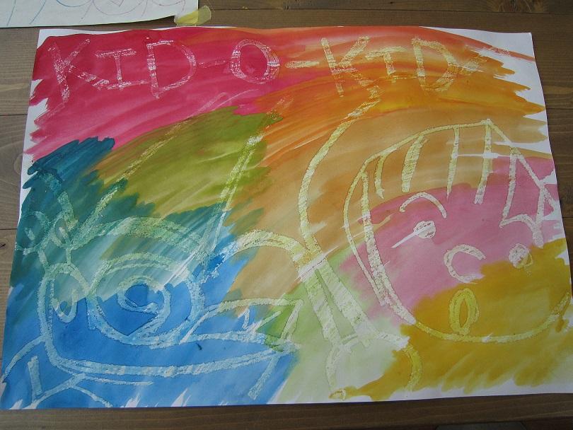 キッズアート「大きな紙で全力お絵かき」