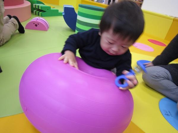 赤ちゃんの日「ゆらゆらあそび」