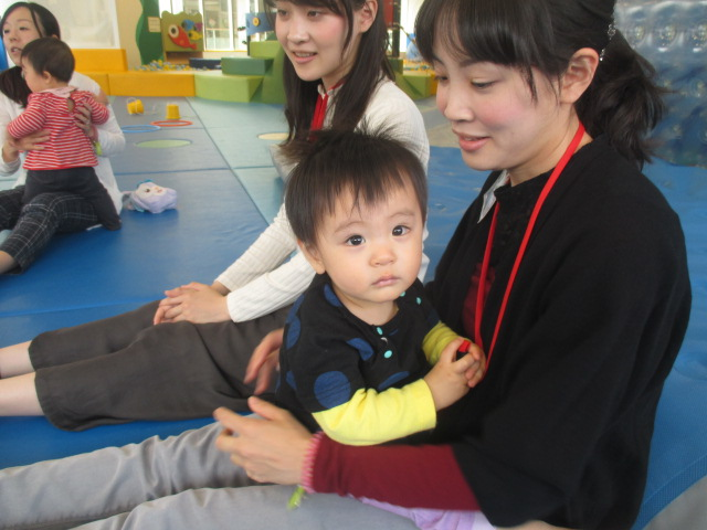 4月12日 赤ちゃんの日イベント「パラシュート&風船」ご報告