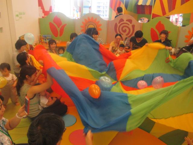 赤ちゃんの日「パラシュート+風船」