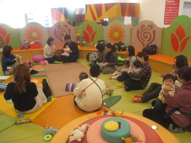 11月27日赤ちゃんの日イベント「12月カレンダー作り」のご報告
