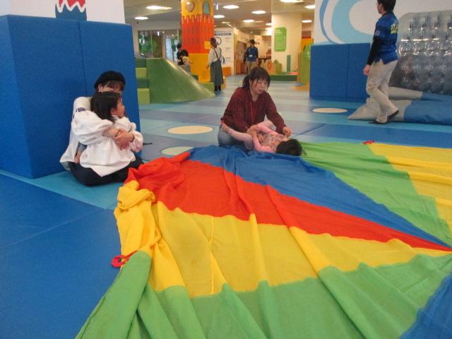 2月19日 赤ちゃんの日イベント「パラシュート」のご報告