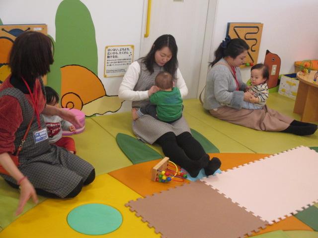 2月26日 赤ちゃんの日イベント「3月カレンダー作り」のご報告