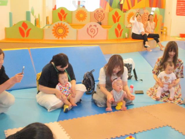 6月27日 赤ちゃんの日イベント「7月カレンダー作り」の報告
