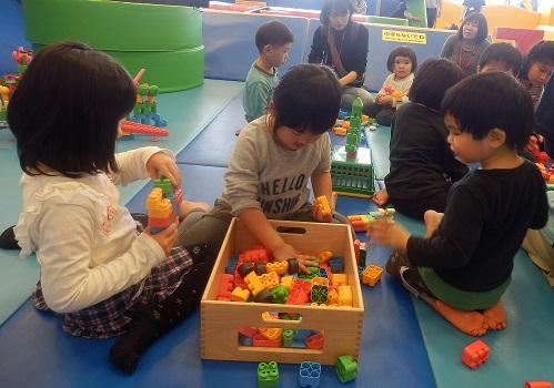 【6/14(水)開催】増量したピースで大きな作品づくりブロックで遊ぼう!