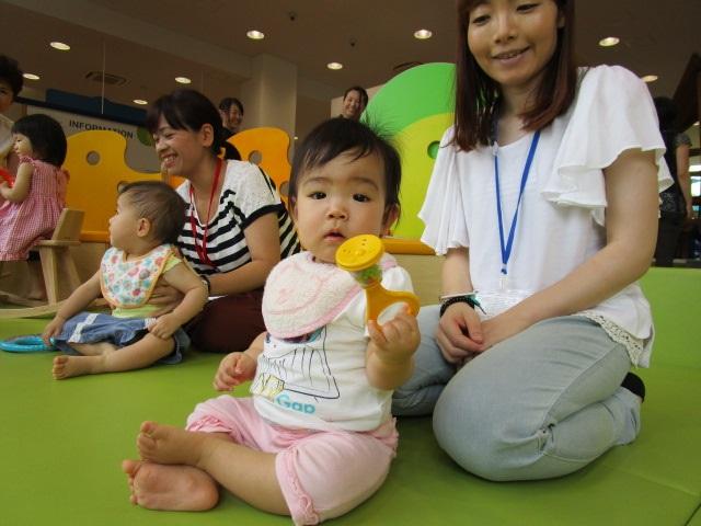 赤ちゃんイベント『七夕クラフト』