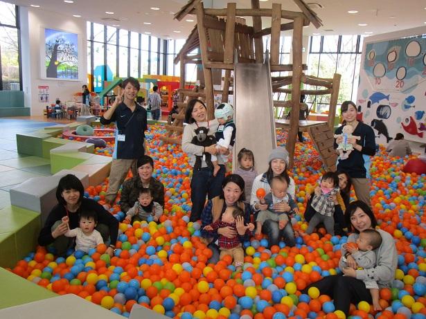赤ちゃんイベント『トランポリンであそぼう』