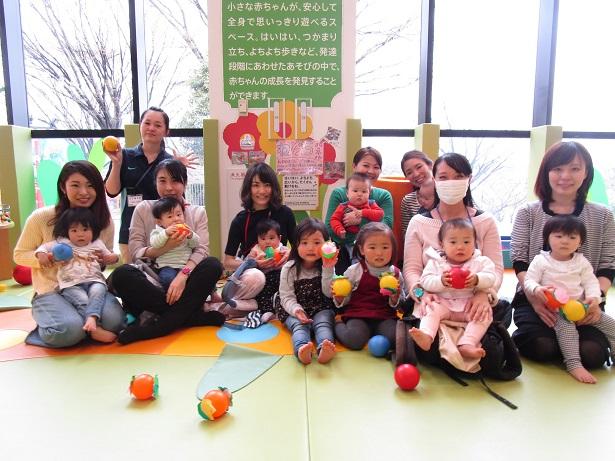 赤ちゃんイベント『パラバルーンであそぼう』