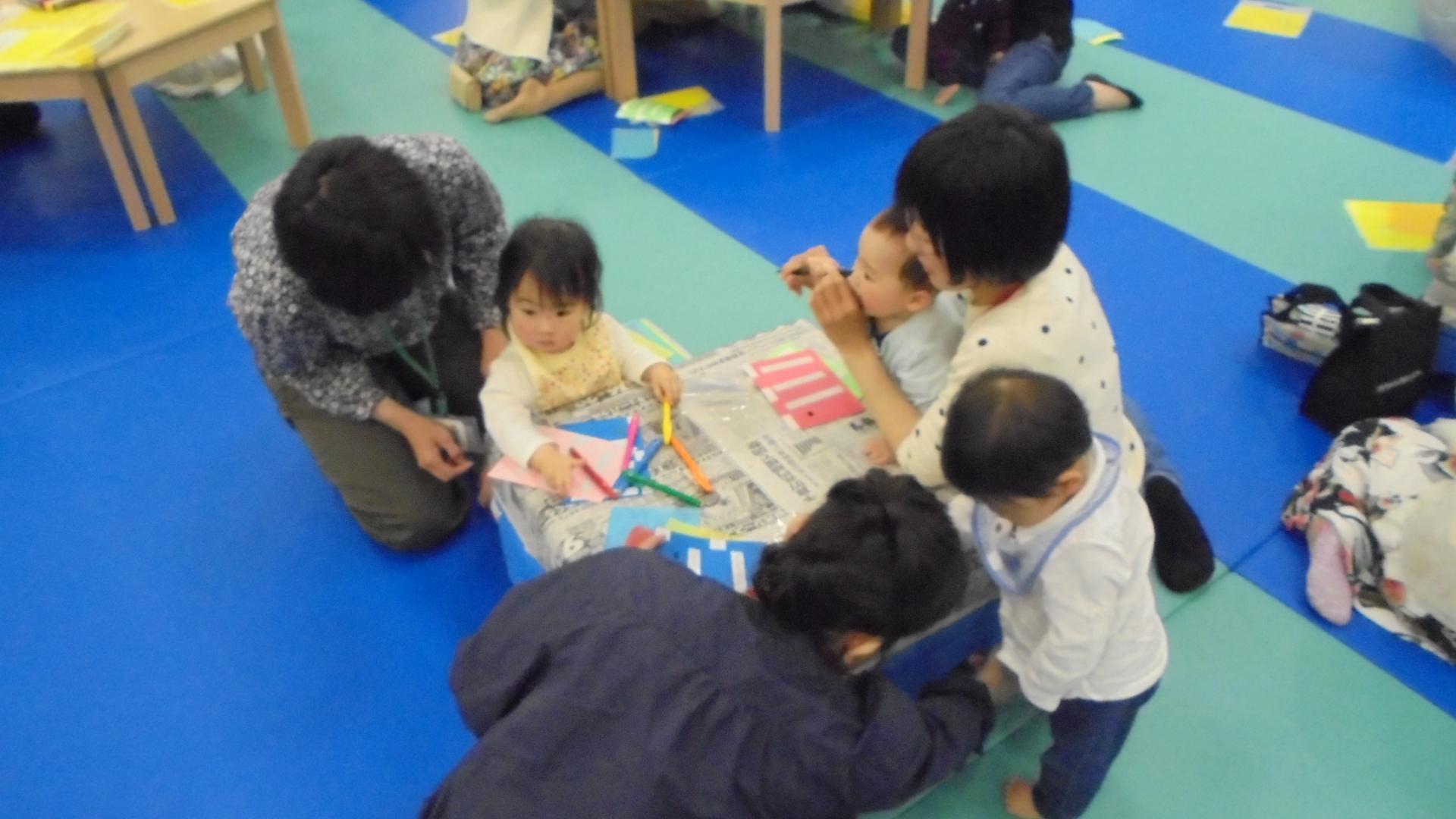 4月25日 赤ちゃんイベント(こいのぼり製作) 報告