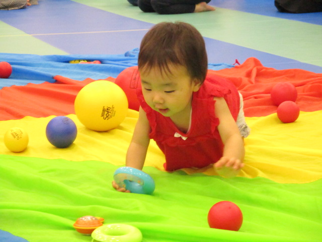 赤ちゃんの日イベント★ハイハイレース